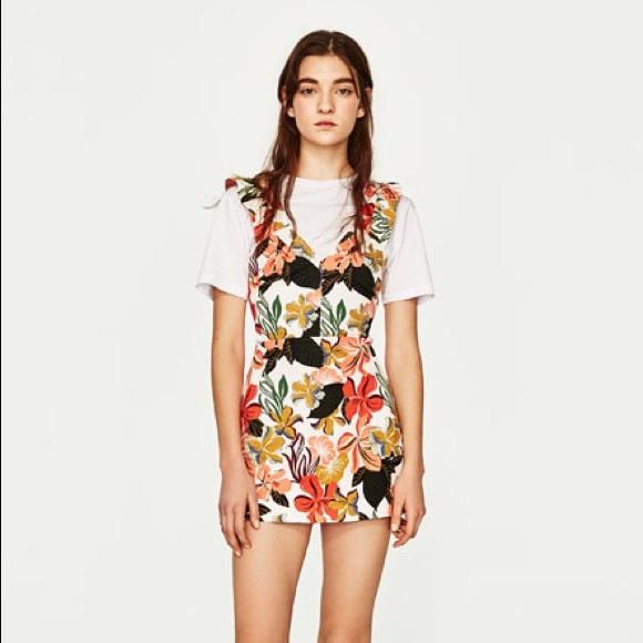 2e8be47449b1 Zara Summer Flora Tropic Ruffle Apron Skort Romper